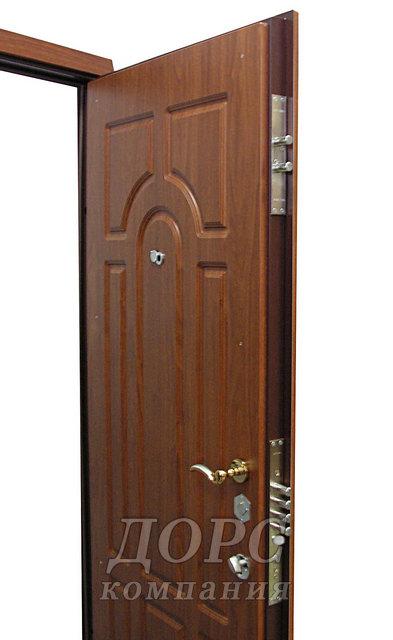 поставить недорогую входную дверь цена